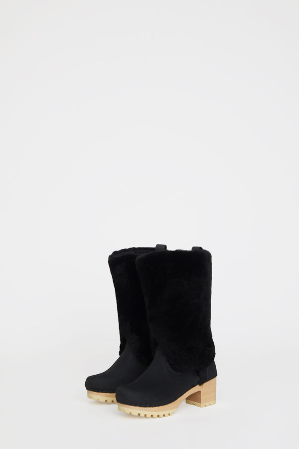 No.6 Alpha Shearling Clog Boot on Mid Tread in Midnight on White Base