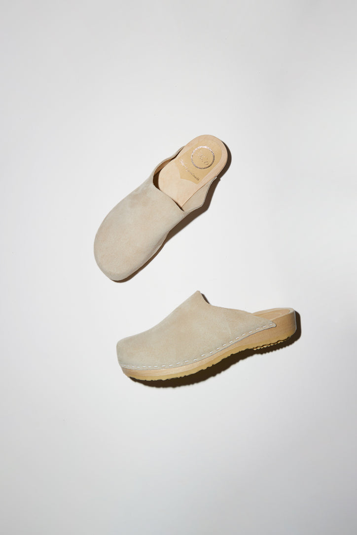 Image of No.6 Contour Clog on Flat Base in Chalk Suede