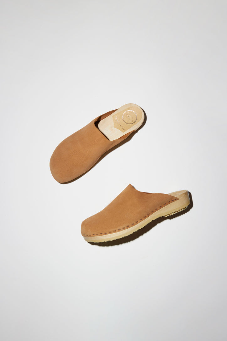 Image of No.6 Contour Clog on Flat Base in Sand Suede