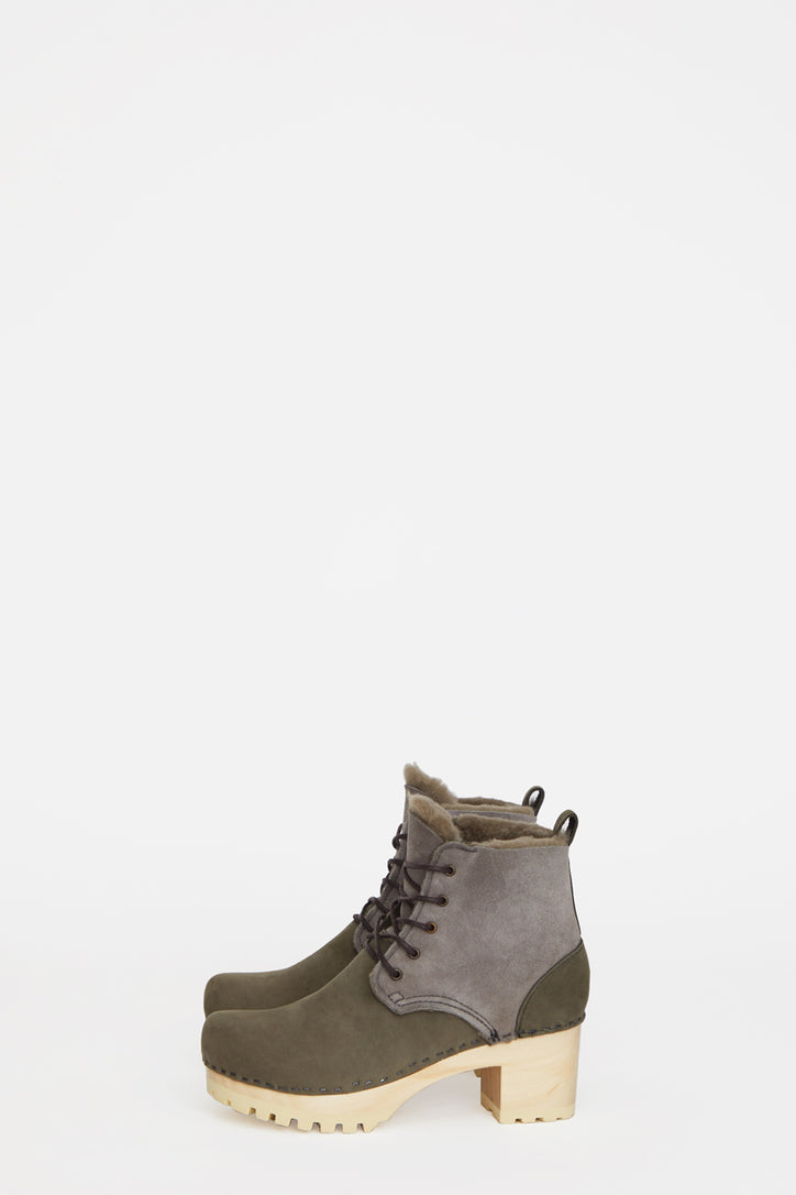 Image of No.6 Lander Lace Up Shearling Clog Boot on Mid Tread in Storm Suede on White Base