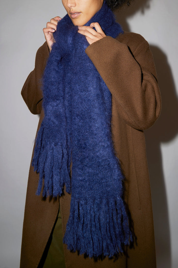 Image of Hinterveld Kid Mohair Thick Scarf in Midnight