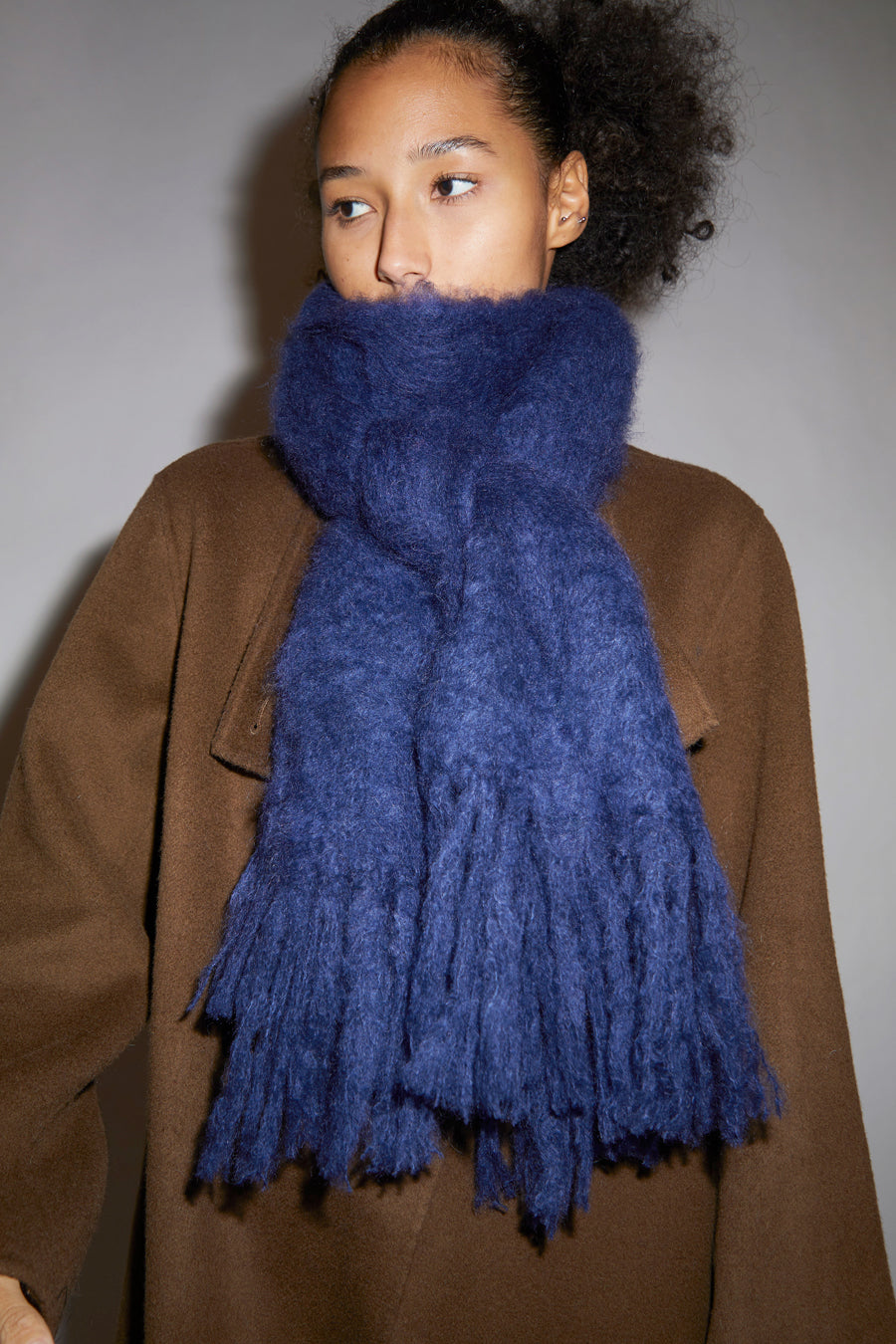 Hinterveld Kid Mohair Thick Scarf in Midnight