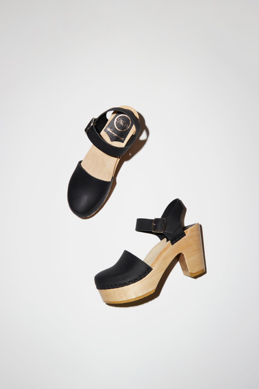 No.6 Jackie Clog on Platform in Black