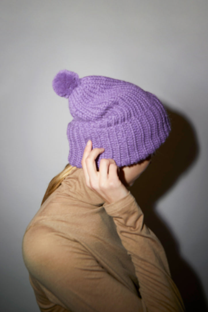 Image of Karakoram Chunky Alpaca Beanie in Purple