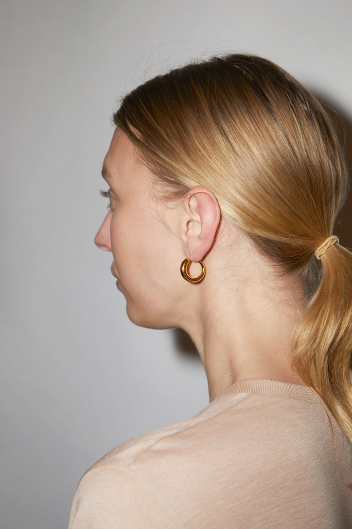 Image of Khiry Tiny Khartoum Hoops Nude in Gold Vermeil