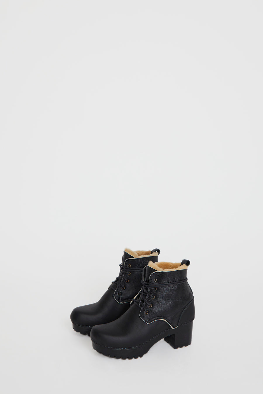 No.6 Lander Lace Up Shearling Clog Boot on Mid Tread in Ink Aviator on Black Base