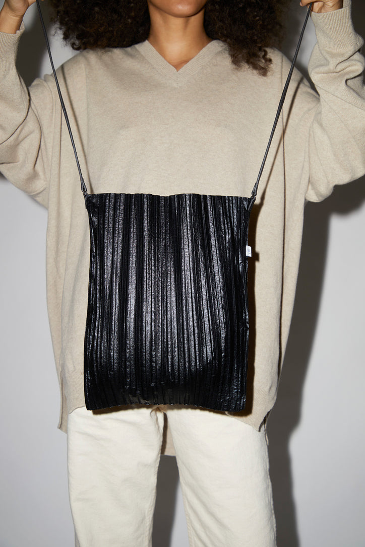 Image of Maria La Rosa Plisse Bag in Black