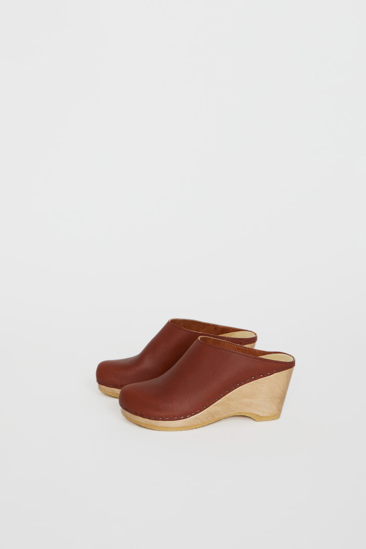 Image of No.6 New School Clog on Wedge in Bourbon