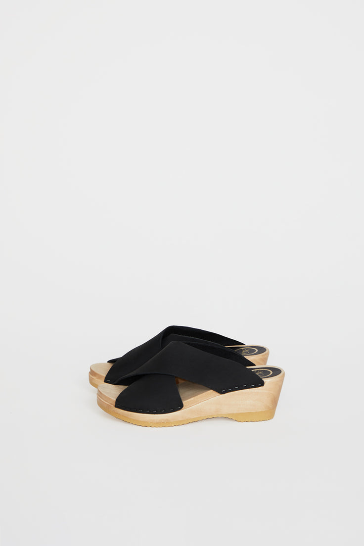 Image of No.6 Frida Clog on Mid Wedge in Midnight