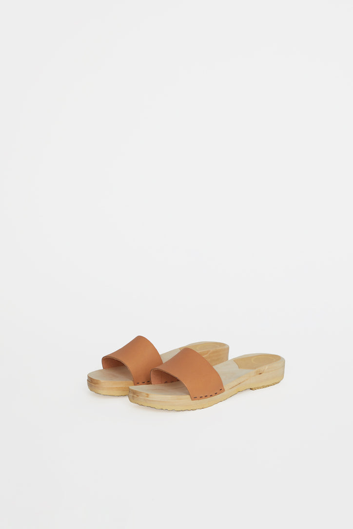 Image of No.6 Line Sandal Clog on Flat Base in Desert