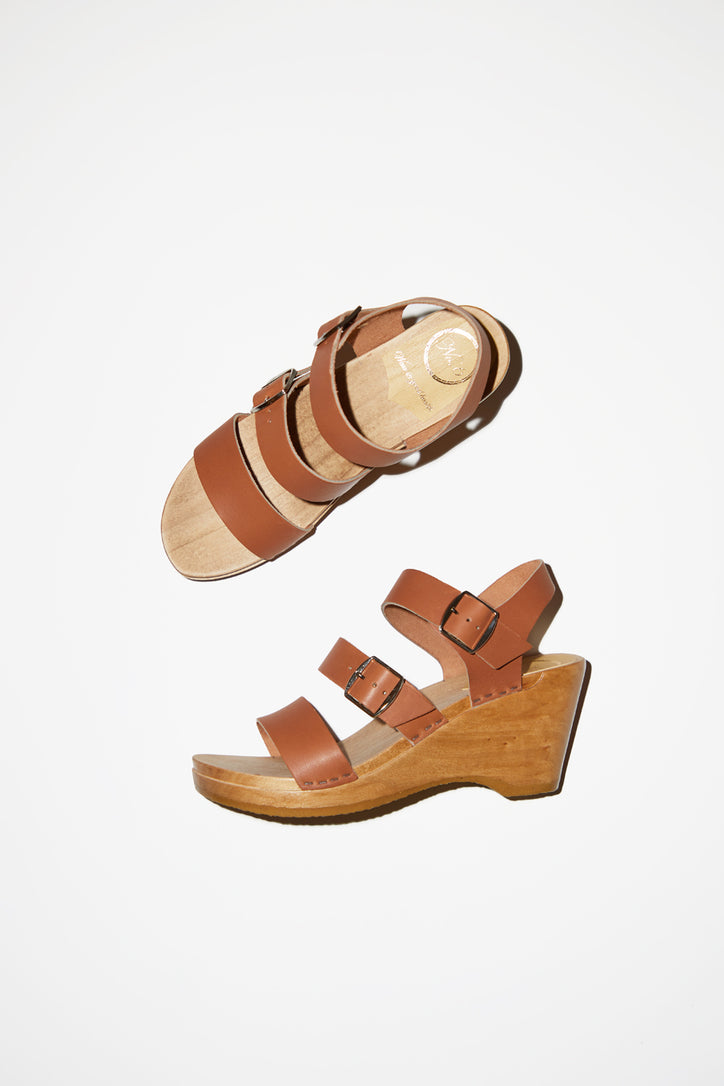 Image of No.6 Rosalia Clog on Wedge in Caramel