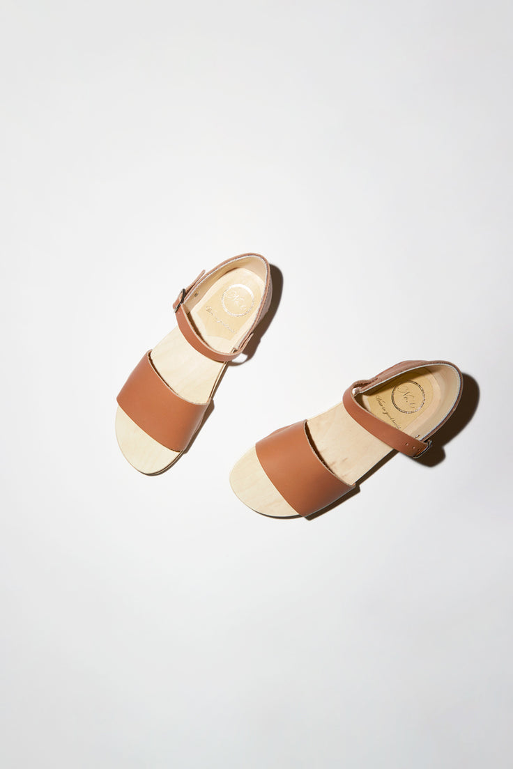Image of No.6 Scout Sandal on Bendable Base in Palomino