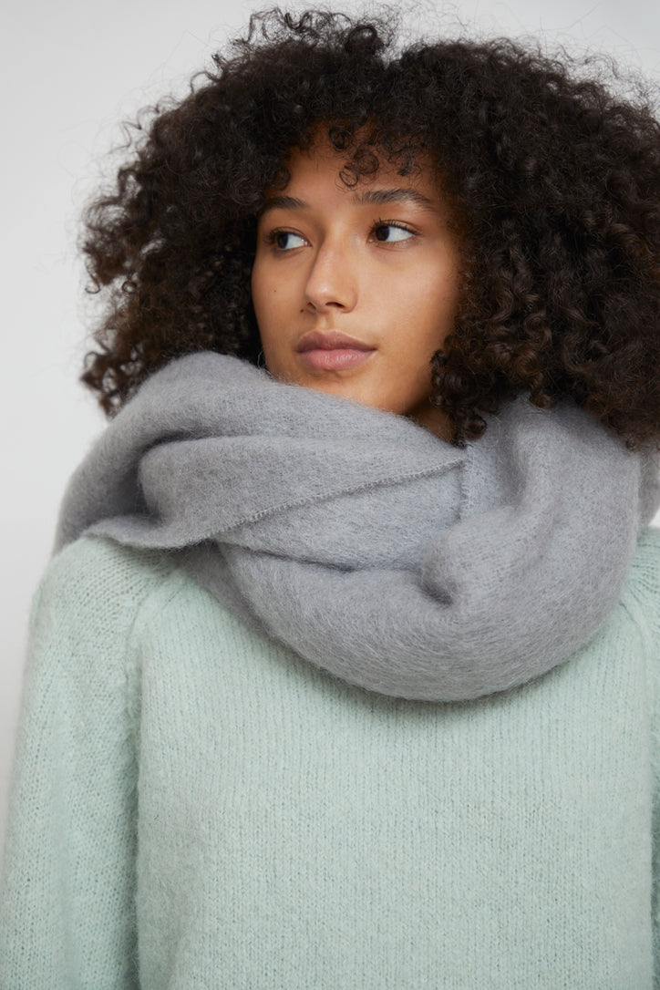 Image of Rodebjer Lajos Scarf in Grey