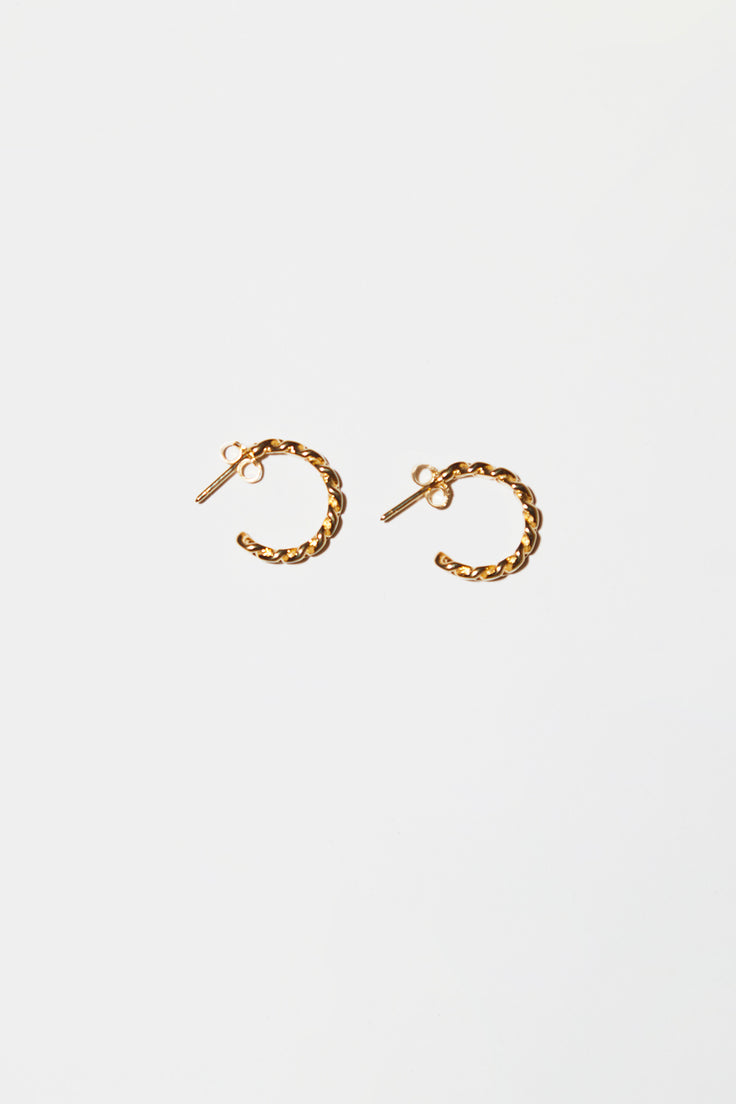Image of Vibe Harslof Elsa Medium Chain Hoops in Gold
