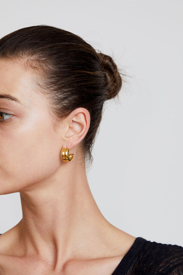 Image of Agmes Giulia Hoops in Gold Vermeil
