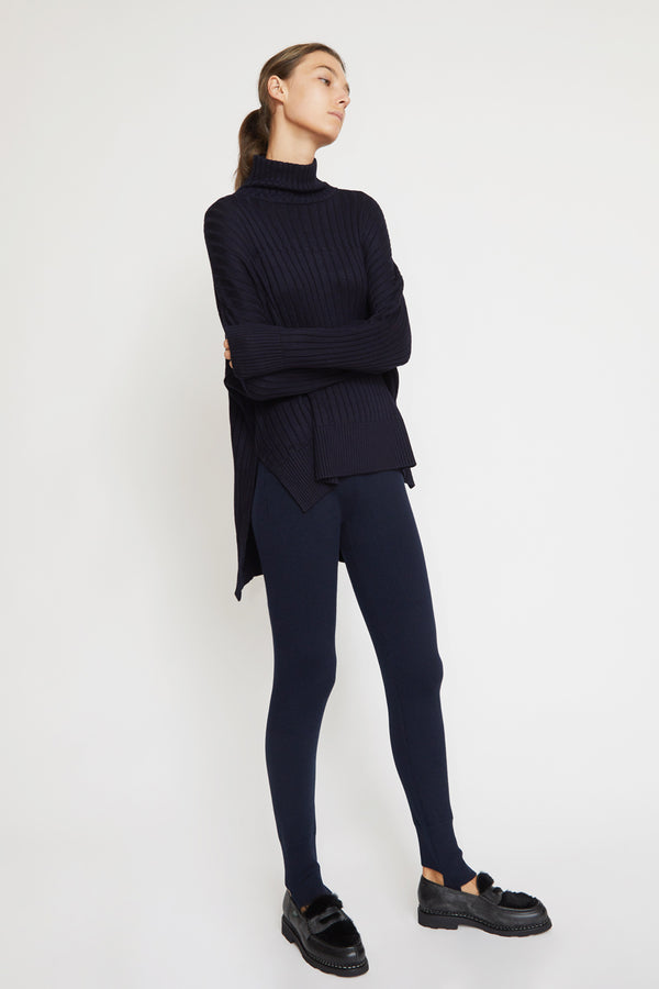 Kallmeyer Stirrup Knit Leggings in Navy