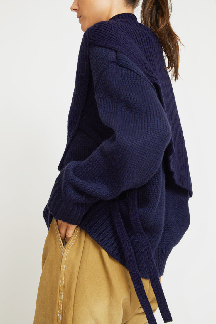 Image of Mijeong Park Neck Warmer in Navy