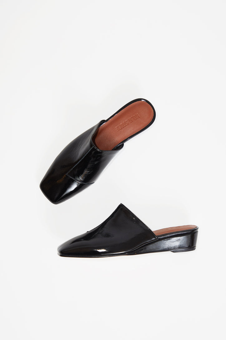 Image of No.6 Neema Slide in Ink Leather