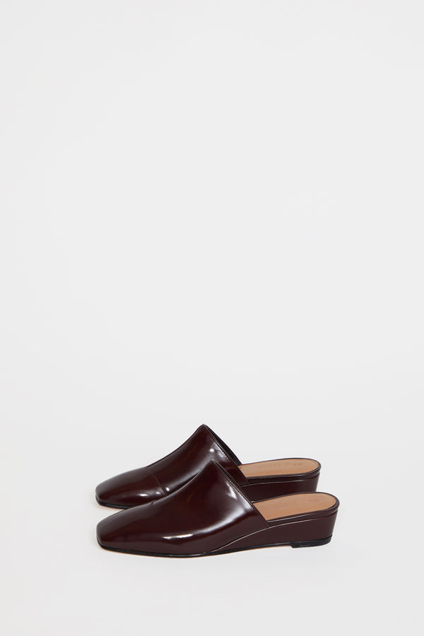 No.6 Neema Slide in Oxblood Satinado