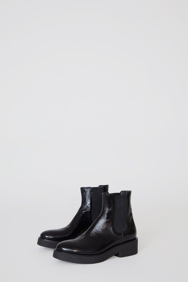 No.6 Pull on Crepe Sole Boot in Nero Patent