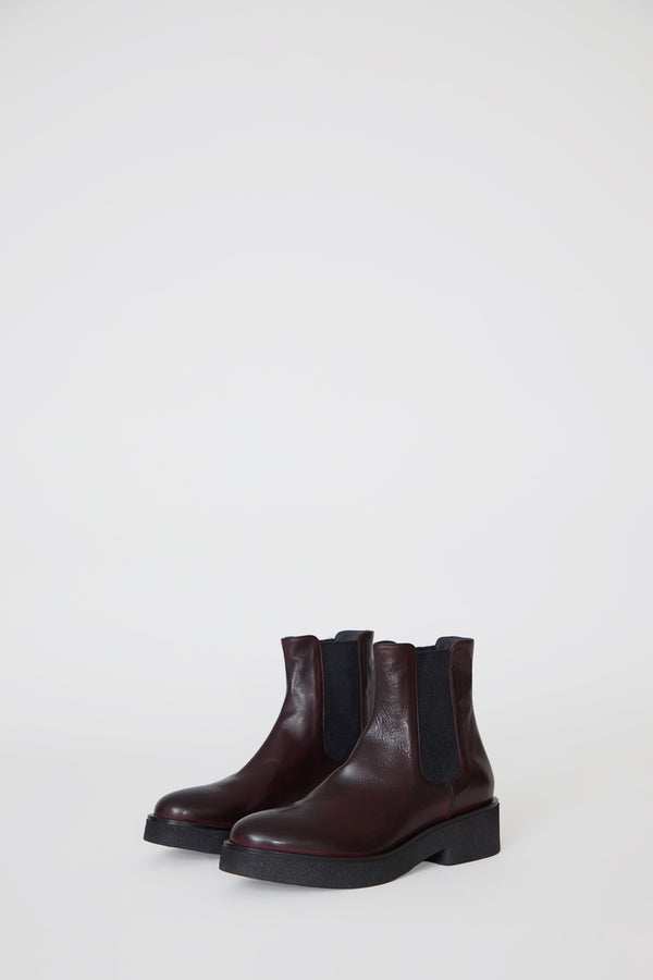 No.6 Pull on Crepe Sole Boot in Bordo
