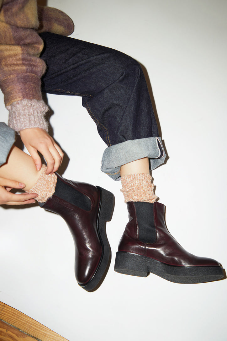 Image of No.6 Pull on Crepe Sole Boot in Bordo