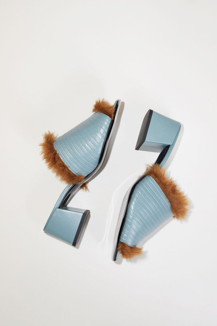 Image of Suzanne Rae Fur Lined Sandal in Cloud