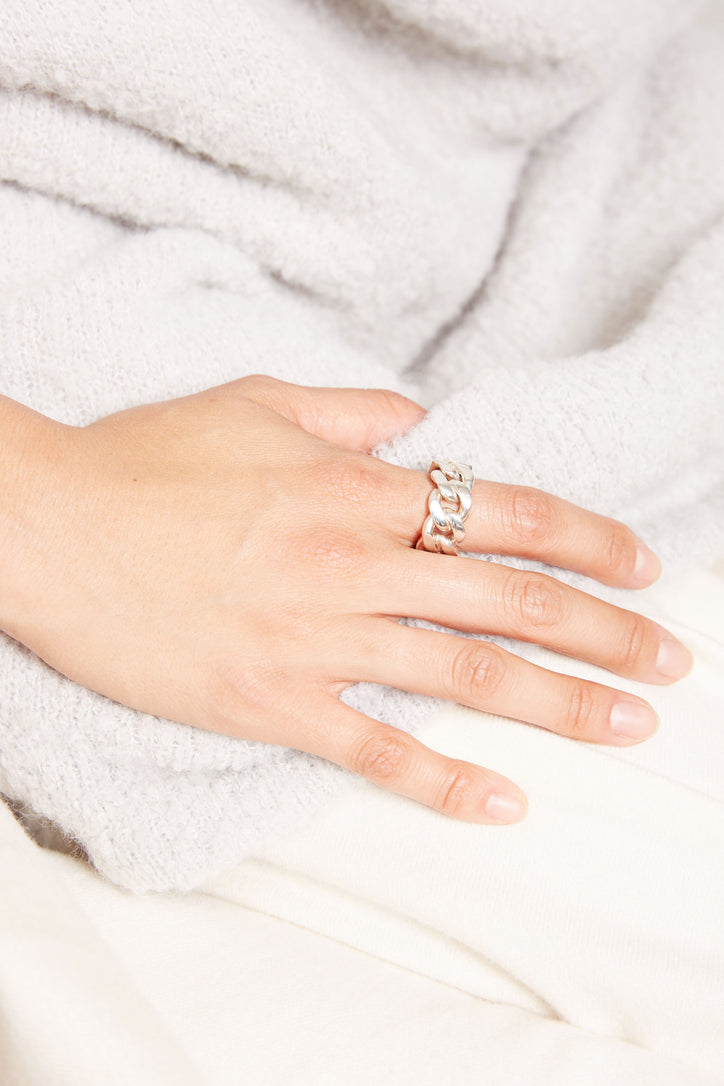 Image of Vibe Harslof Elsa Chain Ring in Sterling Silver