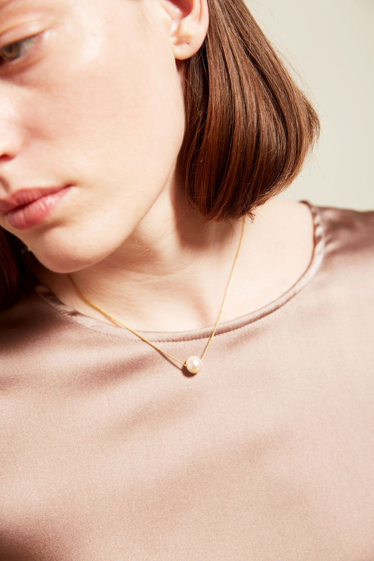 Image of Vibe Harslof Iris Necklace with Pearl