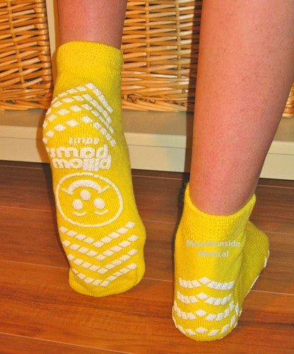 Adult Non-Skid Risk Alert Socks Yellow Color