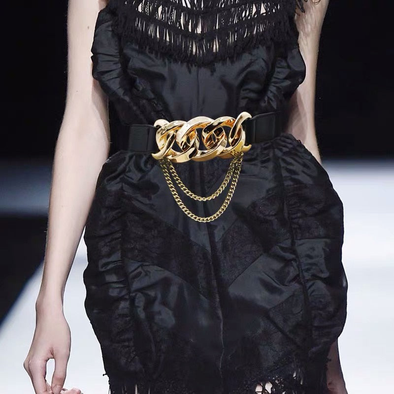 Runway Gold Chain Tassel Belt