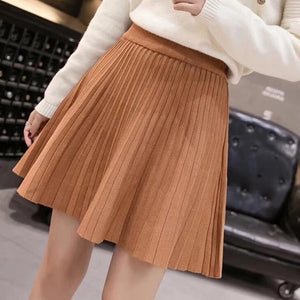 Pleated Short Sweater Skirt