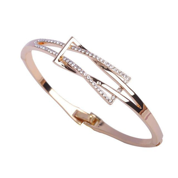 Exquisite 18k Gold Plated Crystal Bangle