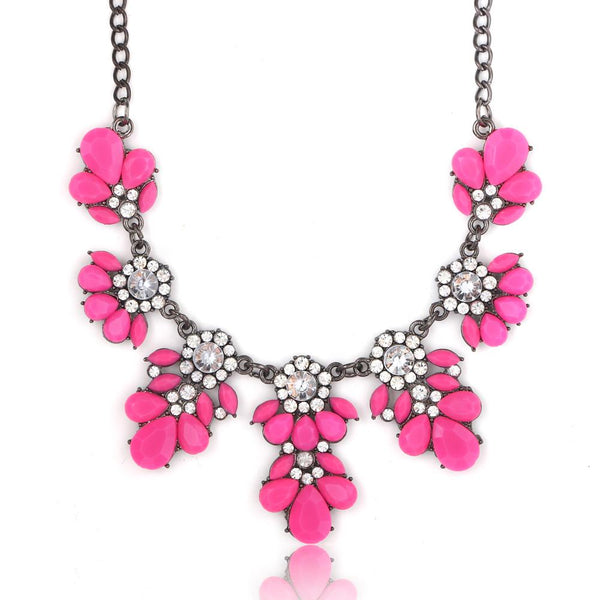 Trendy Leaf Statement Necklace by Pesci Moda