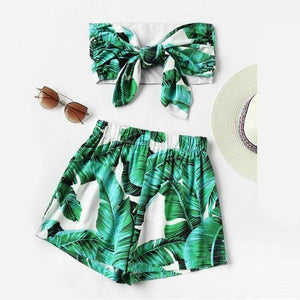 Green Leaf Print Crop Top With Shorts Set by Pesci Moda