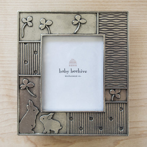 Pewter Rabbit Picture Frame