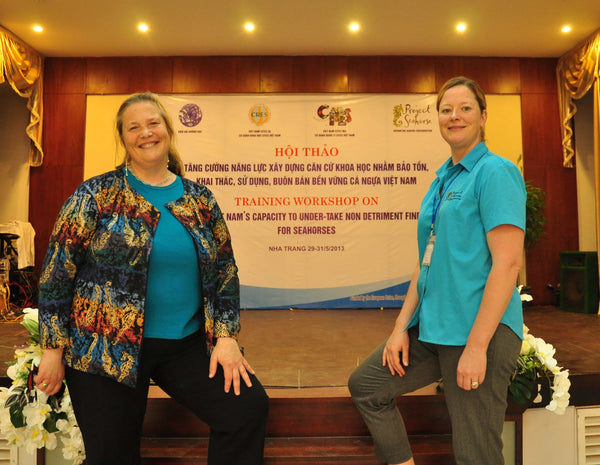 Dr. Vincent and Dr. Koldewey at a Global Conference for Seahorse Conservation