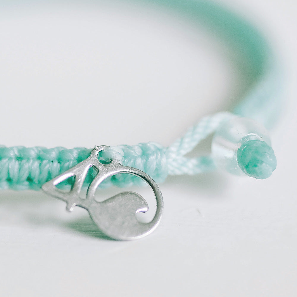 4ocean Great Barrier Reef Braided Bracelet Closeup
