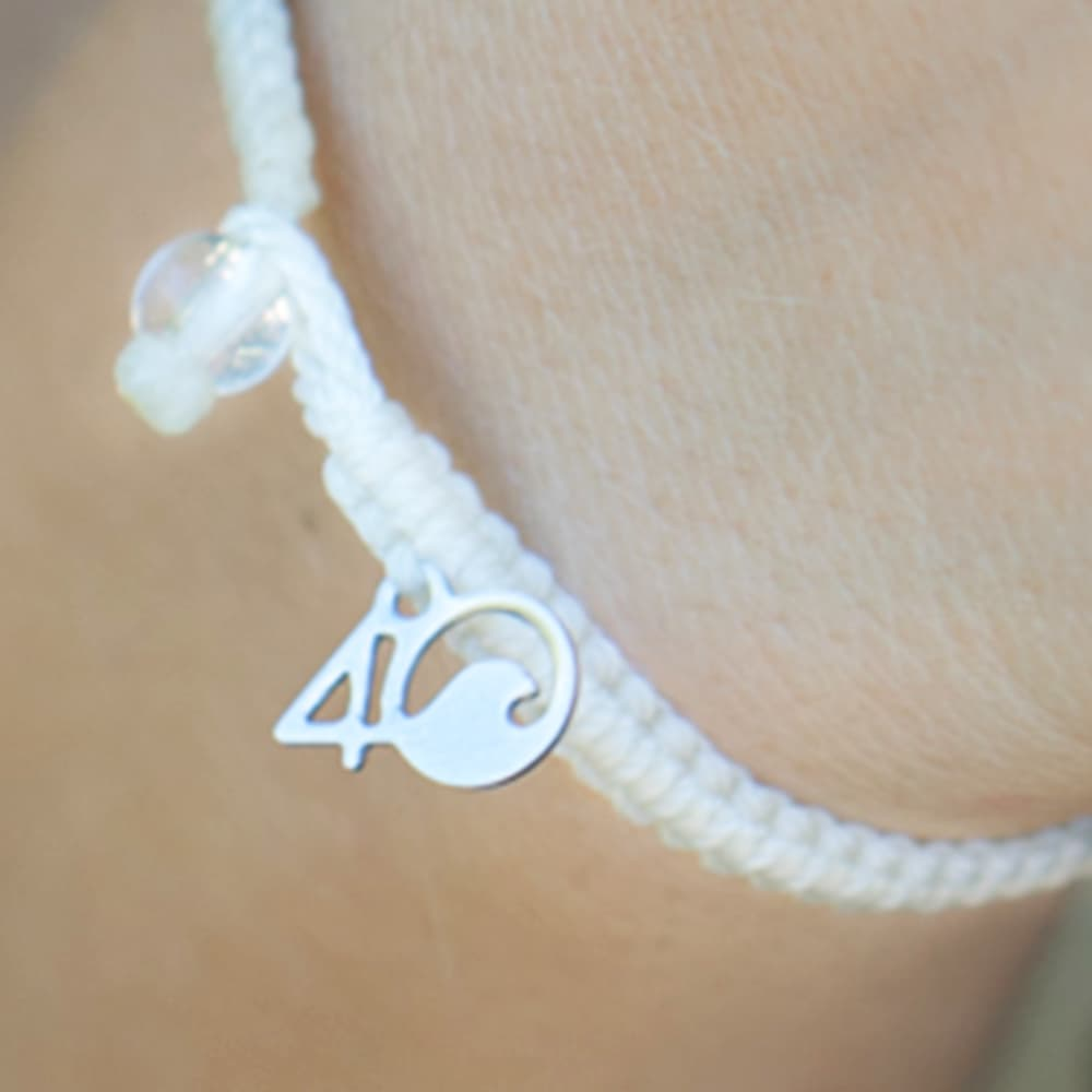 4ocean Polar Bear Braided Bracelet Close-up