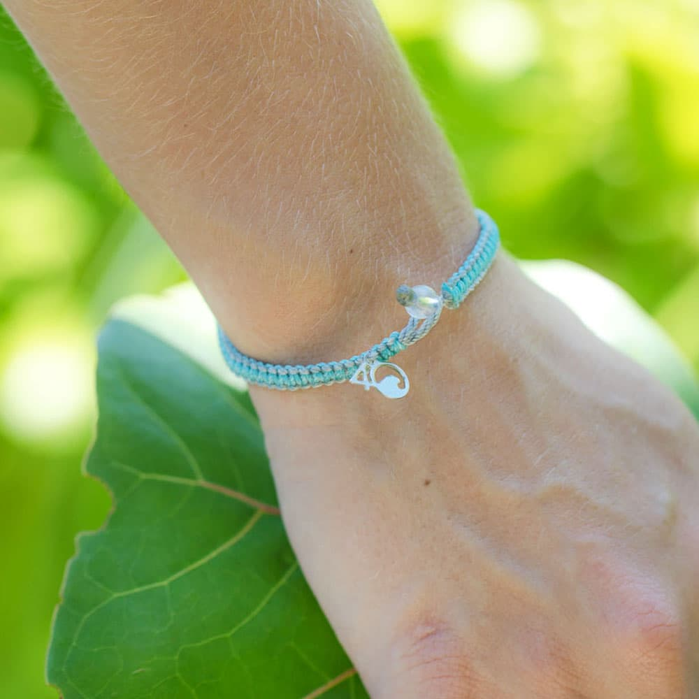 4ocean Dolphin Braided Bracelet with a Leaf