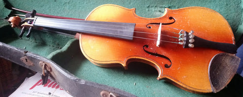 1/2 size vintage violin, guarneri label