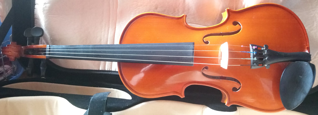 Primavera 100 violin 1/2 size, non standard outfit, professionally fitted bridge