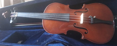 4/4 antique violin, unlabelled