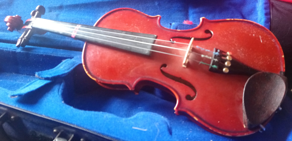 Used Stentor 1 violin 1/4 size