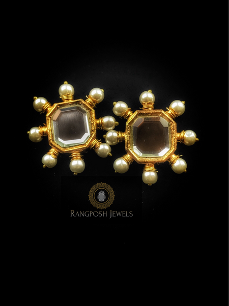 Kundan stud earrings