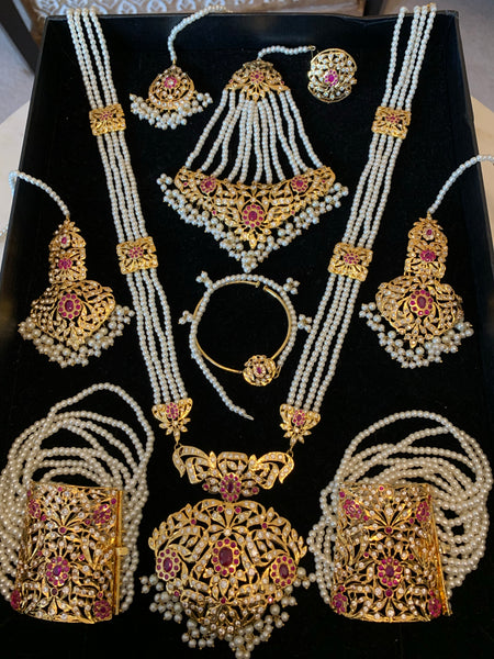 Grand Chenab bridal set