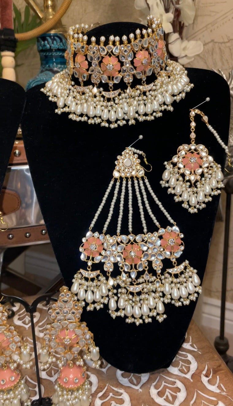 Mukhi bridal set