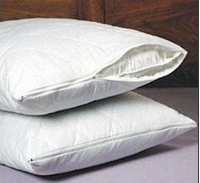 SET OF 2 NEW QUILTED PILLOW COVERS WITH ZIPPERS