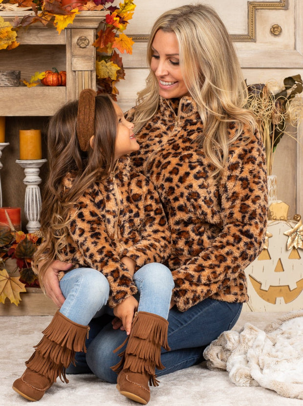 Mommy & Me Fleece Zipper Leopard Pullover Sweater