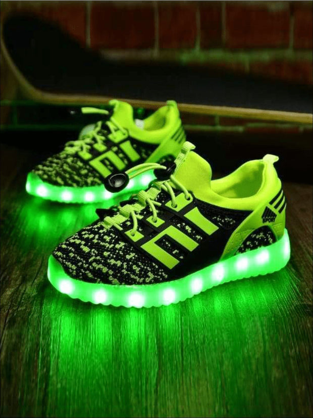 Girls Rechargeable Led Light Up Sneakers - Green / 11 - Girls Sneakers